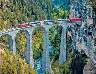 Up to £500 off per couple - Railbookers