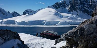 flights included with hurtigruten