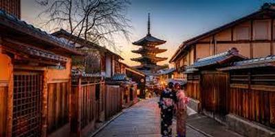 splendours of japan - trafalgar tours